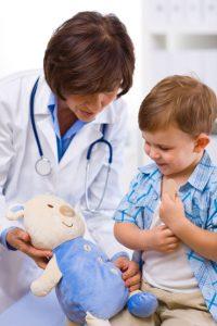ребенок боится врача