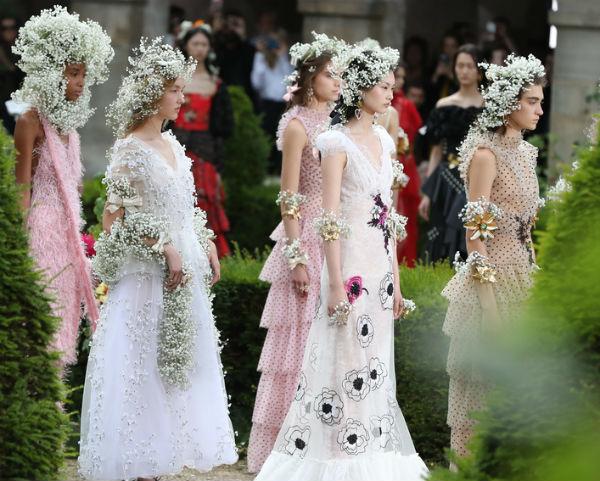 мода свадебное платье 2018 фото