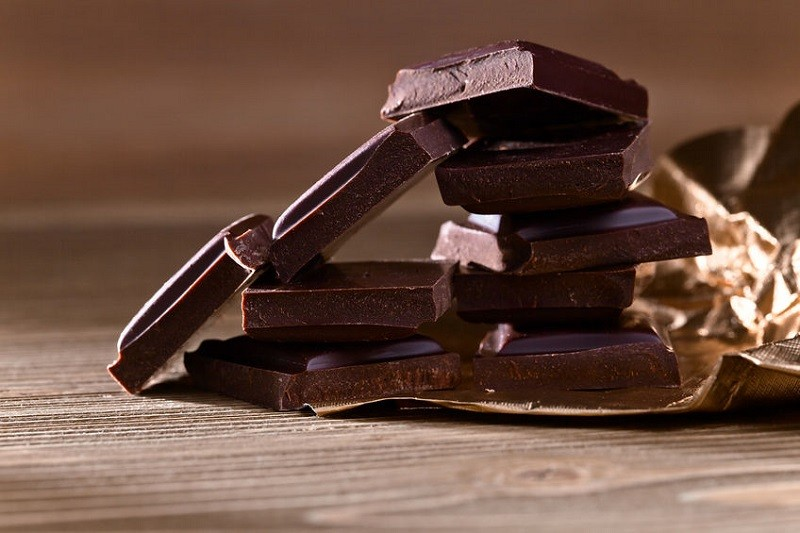 картинки черного шоколада пояснила